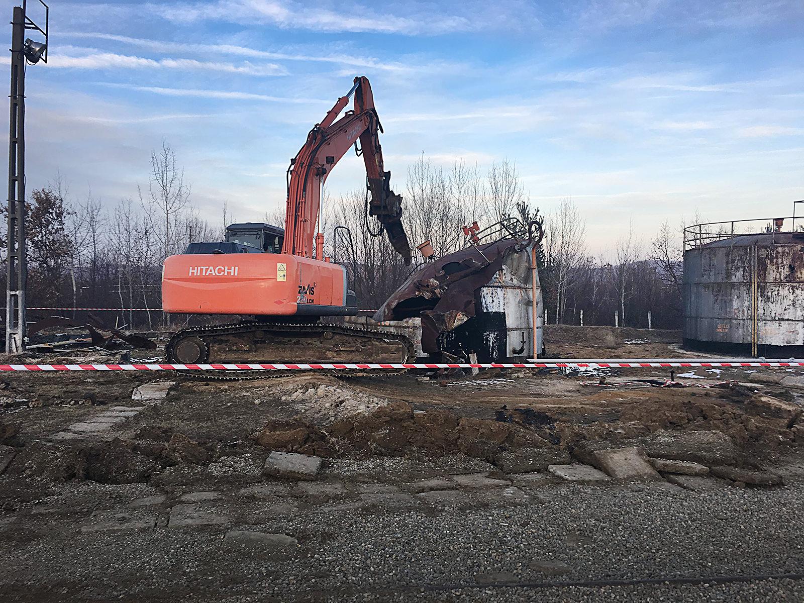 we-build-demolari-dezafectari-13