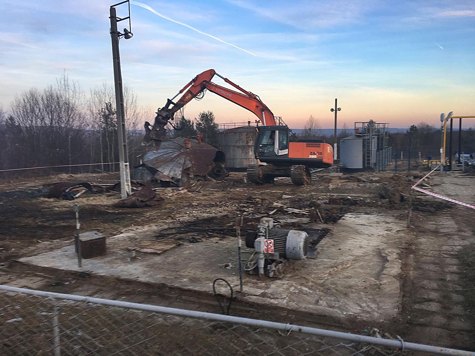 we-build-demolari-dezafectari-14