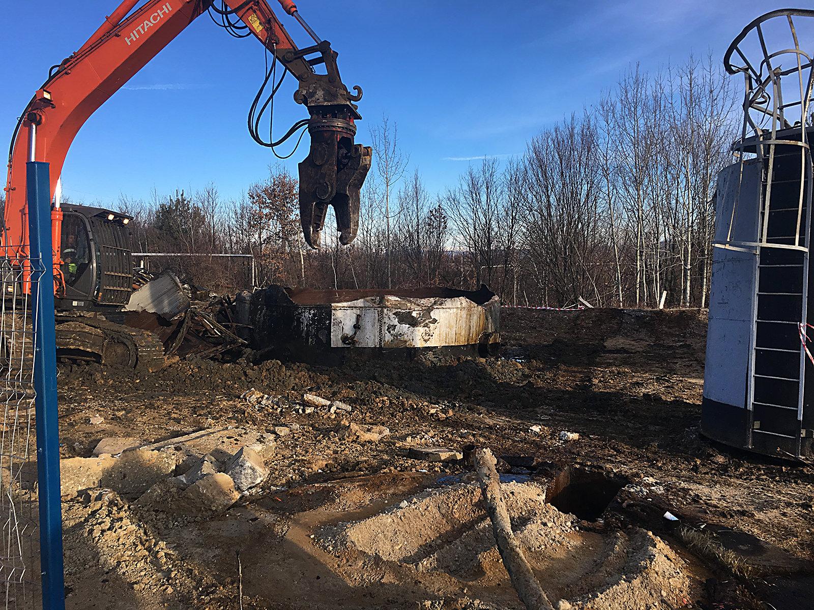 we-build-demolari-dezafectari-17