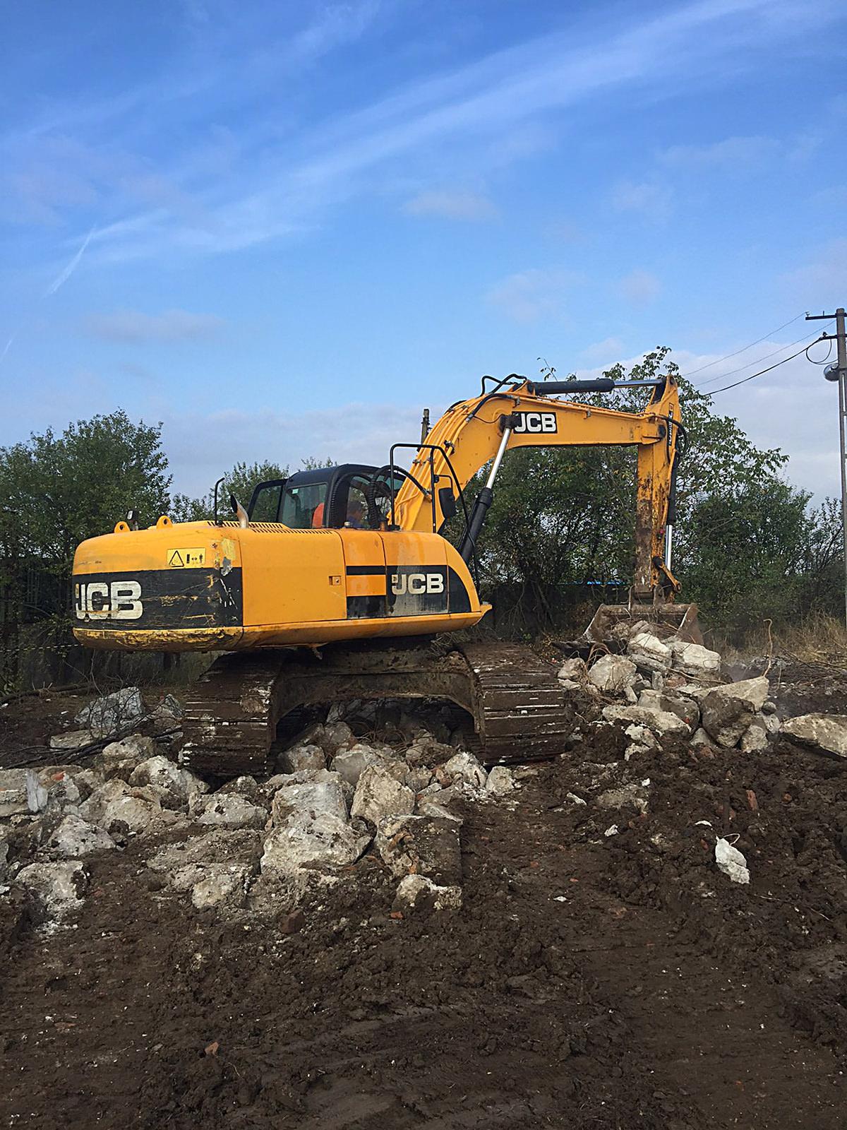 we-build-demolari-dezafectari-33