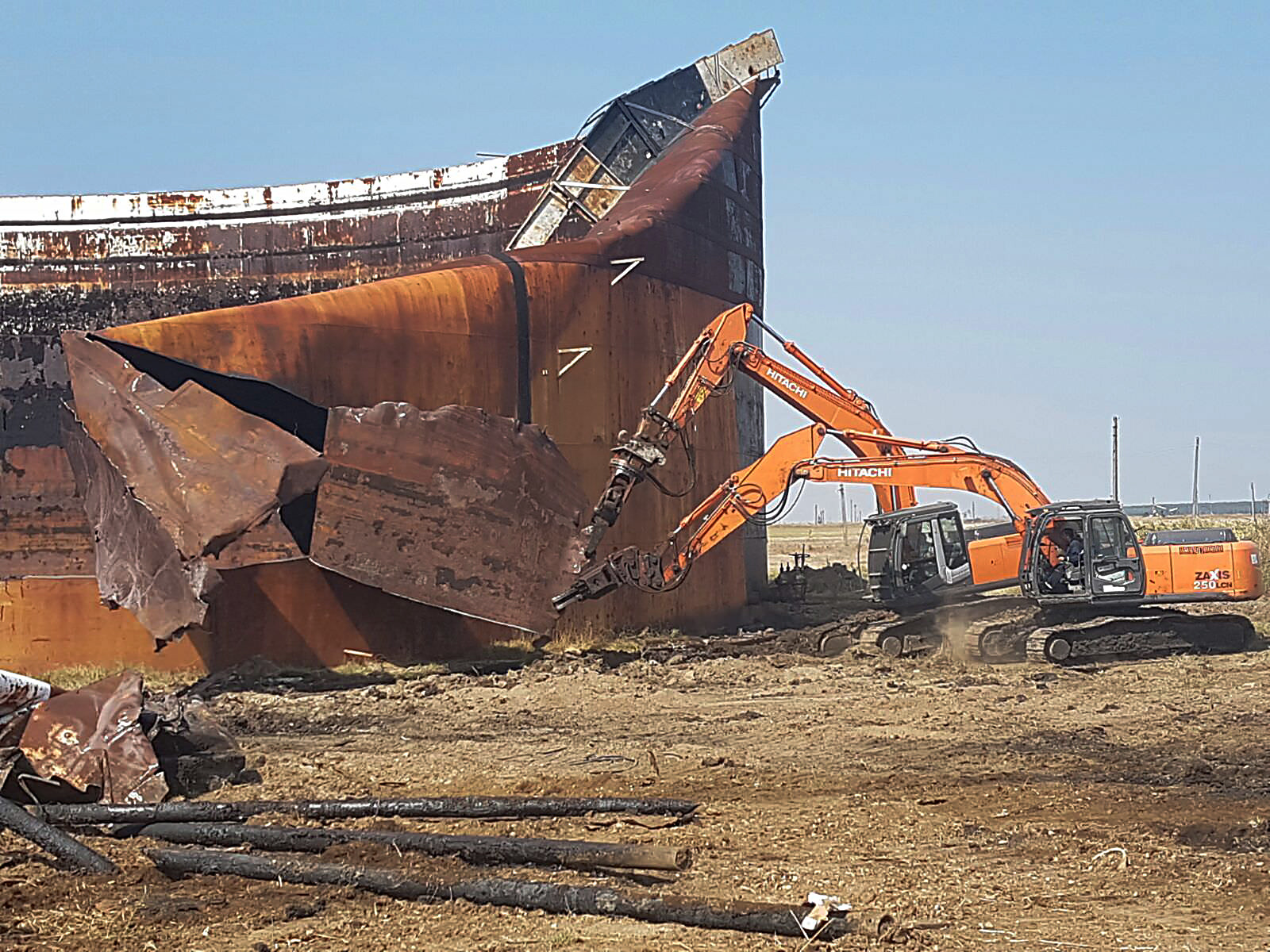 we-build-demolari-dezafectari-4